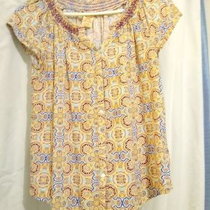 4/$10- Cute Blouse